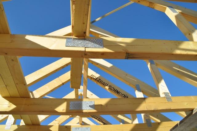 Dachstuhl beim Hausbau - besser nicht in Eigenleistung